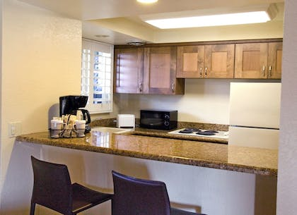 In-Room Kitchen | Best Western Plus Island Palms Hotel & Marina