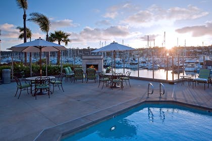 Outdoor Pool | Best Western Plus Island Palms Hotel & Marina