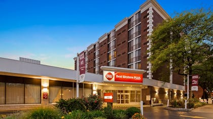 Exterior | Best Western Plus Genetti Hotel & Conference Center