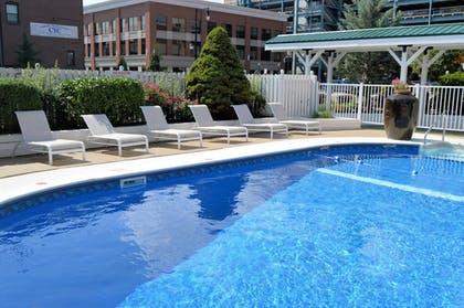 Outdoor Pool | Best Western Plus Genetti Hotel & Conference Center
