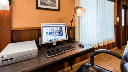 Business Center | Best Western Vista Manor Lodge