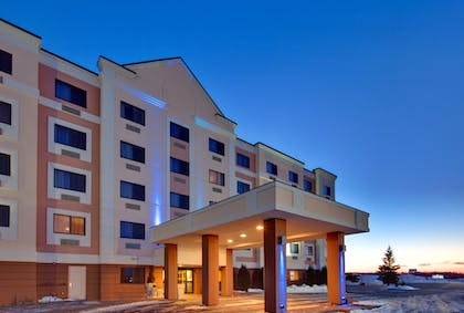 Featured Image | Holiday Inn Express Sault Ste. Marie