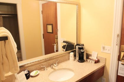 In-Room Coffee | Best Western White House Inn