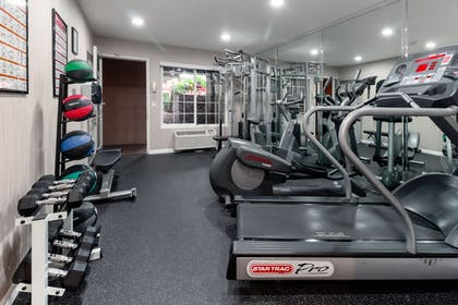Fitness Facility | Ramada by Wyndham Costa Mesa/Newport Beach
