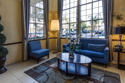 Lobby Sitting Area | Ramada by Wyndham Costa Mesa/Newport Beach