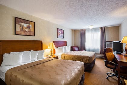 Featured Image | Quality Inn Mitchell