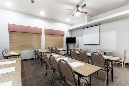 Meeting Facility | Hawthorn Suites by Wyndham Chandler/Phoenix Area