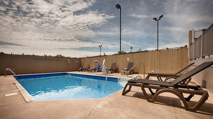 Outdoor Pool | Best Western Crossroads Inn