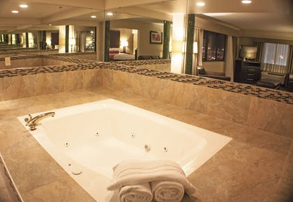 Jetted Tub | Best Western Plus West Akron Inn & Suites