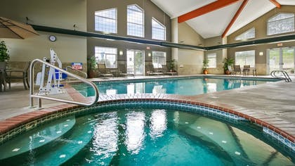 Pool | Best Western Plus Kennewick Inn