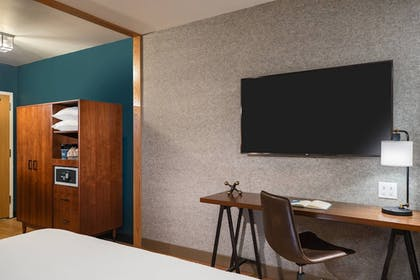Room | Four Points by Sheraton Anchorage Downtown