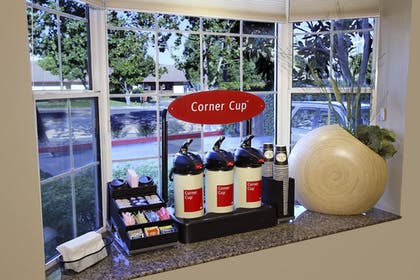 Coffee Service | TownePlace Suites by Marriott Sunnyvale Mountain View