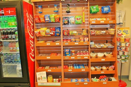 Snack Bar | Candlewood Suites - Syracuse Airport