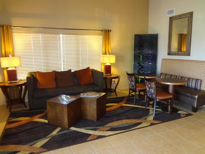 Lobby | Best Western Plus Woodland Hills Hotel & Suites
