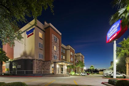 Featured Image | Fairfield Inn & Suites by Marriott Houston Hobby Airport.