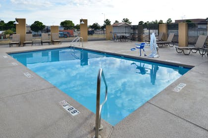 Outdoor Pool | Clarion Inn