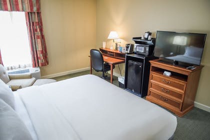 Guestroom   Holiday Inn Express Hotel & Suites Conover (Hickory Area)