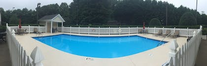 Outdoor Pool   Holiday Inn Express Hotel & Suites Conover (Hickory Area)