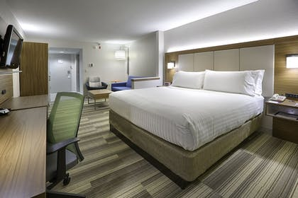 Guestroom | Holiday Inn Express Hotel & Suites Jacksonville - South