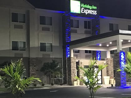 Hotel Front | Holiday Inn Express Naples South I-75