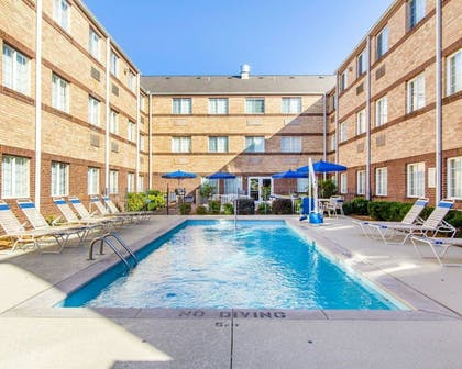 Pool | MainStay Suites Brentwood