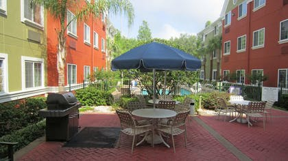 Terrace/Patio | Extended Stay America -Orlando-Lake Mary-1040 Greenwood Blvd