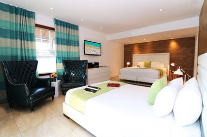 Guestroom | Chesterfield Hotel & Suites, a South Beach Group Hotel