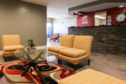 Lobby | Econo Lodge & Suites Greenville