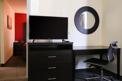 Room | Econo Lodge & Suites Greenville