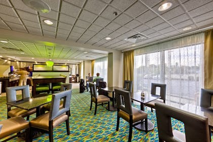Restaurant | Holiday Inn Express Chillicothe East