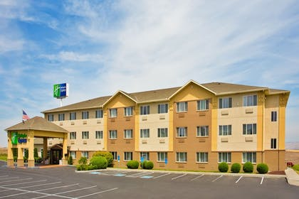 Exterior | Holiday Inn Express Pendleton