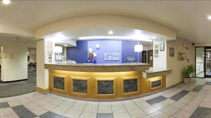 Reception | Holiday Inn Express Pendleton