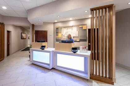 Hotel Interior | Holiday Inn Express Hotel & Suites Downtown Minneapolis