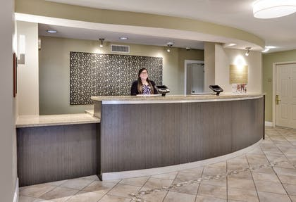 Lobby | Candlewood Suites Market Center