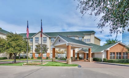 Featured Image | Candlewood Suites Market Center
