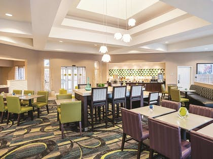 Dining | La Quinta Inn & Suites by Wyndham Phoenix Chandler
