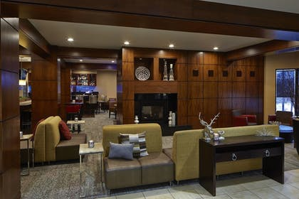 Lobby | Courtyard by Marriott Bloomington by Mall of America