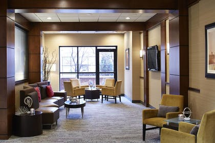 Lobby Lounge | Courtyard by Marriott Bloomington by Mall of America