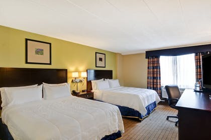 Guestroom | Holiday Inn Express Boston