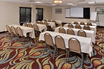Meeting Facility | Holiday Inn Express Hotel & Suites Tampa-Rocky Point Island