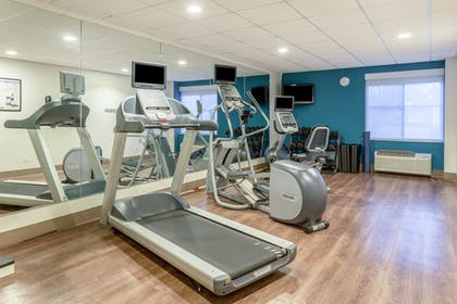 Fitness Facility | Holiday Inn Express & Suites Scottsburg