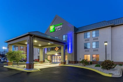 Featured Image | Holiday Inn Express & Suites Scottsburg