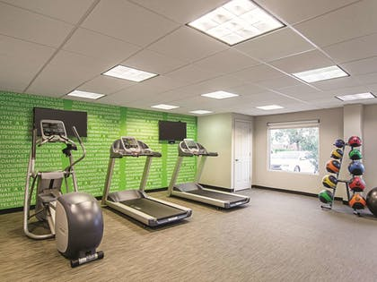 Fitness Facility | La Quinta Inn & Suites by Wyndham Denver Airport DIA