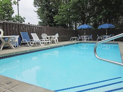 Pool | Extended Stay America - Seattle - Renton