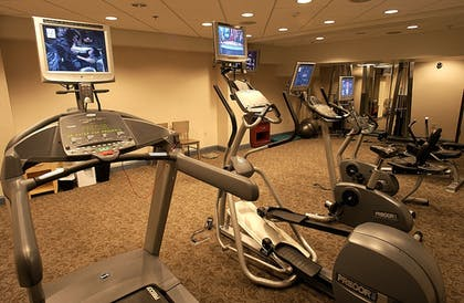 Fitness Facility | Ambassador Hotel - Milwaukee
