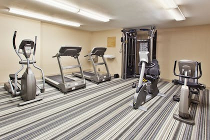 Sports Facility   Candlewood Suites Detroit-Troy