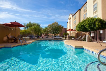 Pool | Holiday Inn Express Hotel & Suites Phoenix-Airport