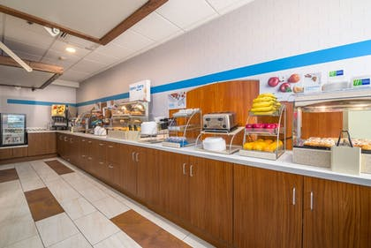 Restaurant | Holiday Inn Express Hotel & Suites Phoenix-Airport