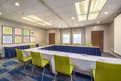 Meeting Facility | Holiday Inn Express Hotel & Suites Phoenix-Airport
