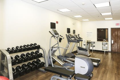 Fitness Facility | Holiday Inn Express Hotel & Suites Phoenix-Airport